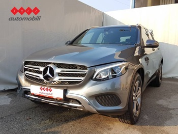 MERCEDES GLC 220D 4 MATIC