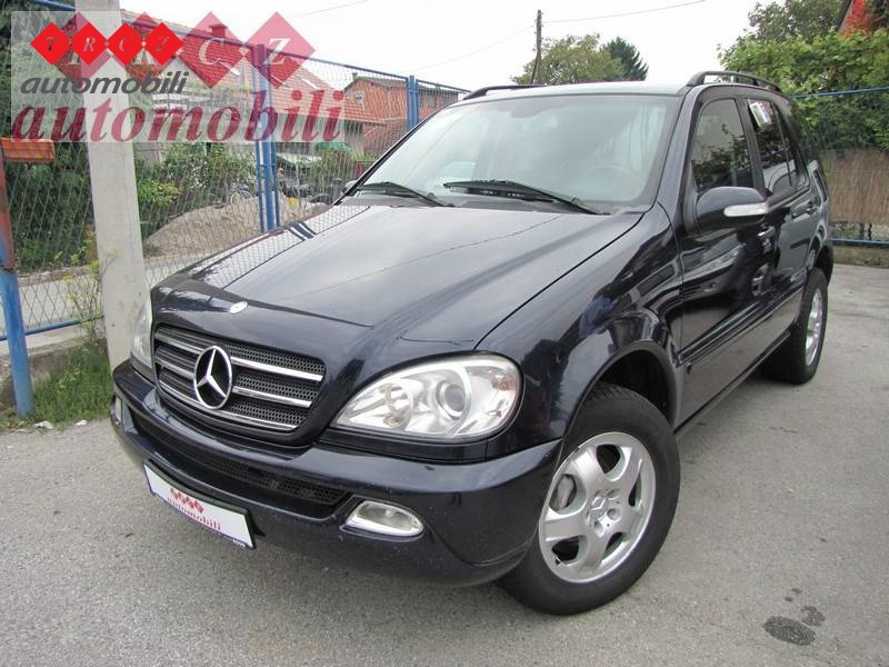 mercedes 270 cdi 270 cdi used vehicle 2002 g trcz used vehicles. Black Bedroom Furniture Sets. Home Design Ideas