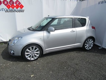 SUZUKI SWIFT 1,6 SPORT